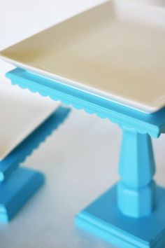 tutorial for cake stands with supplies from home depot.