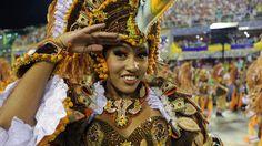 30 de poze pline de culoare de la Carnavalul din Rio 2012.  Vezi mai multe poze pe www.ghiduri-turistice.info  Source : www.filmigallery.com Rio Carnival, Mai, Brazil, Princess Zelda, Fictional Characters, Carnival, Fantasy Characters
