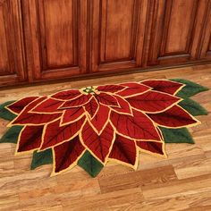 Elegant Poinsettia Slice Rug Dark Red 60 x 30 Christmas Sewing, Christmas Projects, Christmas Crafts, Christmas Decorations, Christmas Ornaments, Holiday Decor, Crochet Christmas, Christmas Christmas, Amish Quilt Patterns