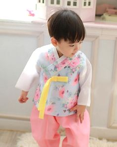 남아한복(BOY HANBOK) Korean Hanbok, Boys, Baby Boys, Guys, Sons, Young Boys