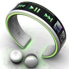 muziekspeler om je arm, altijd makkelijk mee te nemen en geen draadjes meer aan je headset.