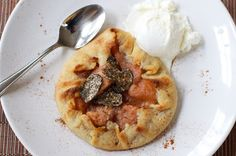 black truffle pear crostata