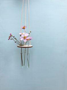 Flora er til dig der elsker at Flora, Plant Hanger, Garden, Plants, Home Decor, Garten, Decoration Home, Room Decor, Lawn And Garden