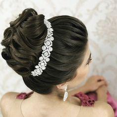 Discover penteadossonialopes's instagram image Coque  #PenteadosSoniaLopes ✨ . . . #sonialopes #cabelo #penteado #noiva #noivas #casamento #hair #hairstyle #we 1525424425338487820_1188035779 • Inswiki