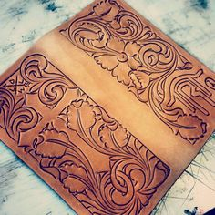 Leather Book Covers, Leather Books, Leather Tooling Patterns, Leather Pattern, Leather Crafts, Leather Projects, Tooled Leather, Leather And Lace, Leather Carving