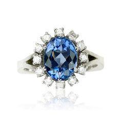 Tansanit Diamond Ring   Tansanit-Diamant-Ring mit 0,40ct Diamanten und 2,88ct ovalem Tansanit