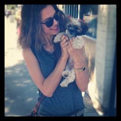 Nikita's Lyndsy Fonseca and her l'il doggy