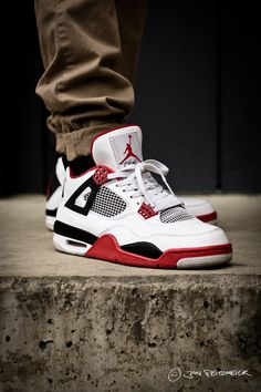 Nike Air Jordan IV Retro Fire Red - sneakeraddict.net... - Nike e7f953e2a
