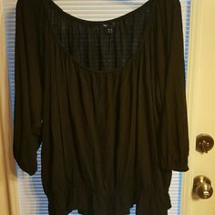 Black Bat Wing Top Gap brand  100% Rayon  Very Stretchy  Short, Looks great with a tank underneath GAP Tops