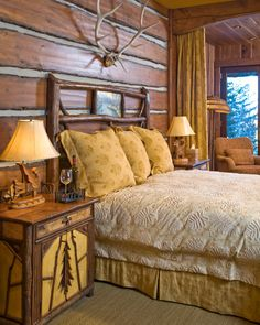 A sunny and rustic master bedroom | Paula Berg Design