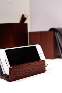 Подставка для телефона и визиток из натурального дерева (бук)