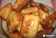 Krumplis lapotya Hungarian Recipes, Creative Food, Street Food, Bacon, Food And Drink, Cooking Recipes, Potatoes, Snacks, Vegetables