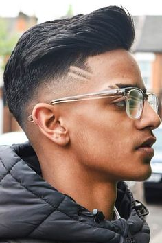 Cortes de cabelo masculino para ousar!   Moda Para Homens Haircuts For Men, Latest Haircut For Men, Mens Hairstyles Fade, Cool Hairstyles For Men, Trendy Haircuts, Popular Haircuts, Latest Haircuts, Medium Hairstyles, Curly Hairstyles