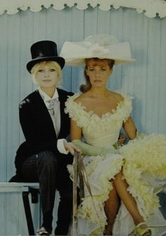 brigitte bardot & jeanne moreau Viva Maria