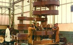 William Doxford and Sons - SN Guides Cylinder Liner, Cnc Plasma Cutter, Four Stroke Engine, Hobby Cnc, Marine Engineering, Diy Cnc, Fun Hobbies, New Engine, Built Environment