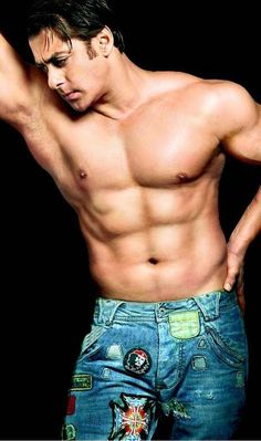 Salman Khan I don't usually go for body builder type's, but heeeeelllooo