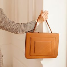 Our Business Bag is now in Tan. Briefcase Women, Fashion Sewing, Corporate Gifts, Playing Dress Up, Leather Clutch, Editorial Fashion, Leather Shoulder Bag, Fashion Accessories, Purses