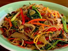 Japchae (Glass noodles stir fried with vegetables) Cooked Vegetable Recipes, Spiral Vegetable Recipes, Vegetable Korma Recipe, Vegetable Casserole, Vegetable Dishes, Vegetable Spiralizer, Vegetable Samosa, Spiralizer Recipes, Vegetable Pizza