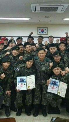 Division 30 Kim hyun Joong and team