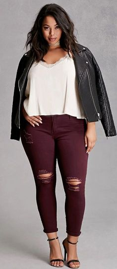 Cool 63 Casual but Comfy Plus Size Fall Outfits Ideas. More at http://aksahinjewelry.com/2017/09/06/63-casual-comfy-plus-size-fall-outfits-ideas/