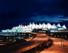 Denver Airport Limo and Town Car Rates - Eleet Limo : Denver, Colorado Airport Taxi and Sedan Service