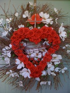 Sacred Heart of Jesus wreath for the home. Would be so pretty to have in June, the month dedicated to the Sacred Heart of Jesus.