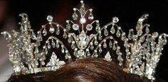 Tiara Mania: Alexandrine Diamond Drop Tiara