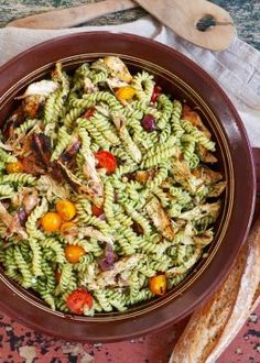 You searched for pastasalat - Mat På Bordet Pasta Med Pesto, Paella, Meal Prep, Nom Nom, Bacon, Picnic, Food And Drink, Pizza, Tapas
