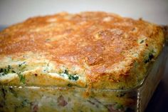 Spinach, Ham, and Parmesan Souffle - Jacques Pepin. I am absolutely putting this recipe in our families dinner rotation! Spinach Souffle, Cheese Souffle, Spinach Gratin, Quiches, Jacques Pepin Recipes, Spoon Bread, Jacque Pepin, Souffle Recipes, Gratin Dish
