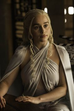 I mean, DANY, HELLOOOOO. | Daenerys Targaryen Looks So Good In Her Cape Dresses It Hurts