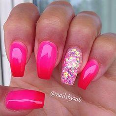 Instagram media nailsbysab -  #nails #nail #fashion #style #TagsForLikes #cute #beauty #beautiful #instagood #pretty #girl #girls #stylish #sparkles #styles #gliter #nailart #art #opi #photooftheday #essie #unhas #preto #branco #rosa #love #shiny #polish #nailpolish #nailswag