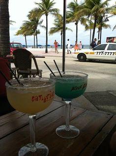 Rock Bar ...Ft.Lauderdale Beach/...Huge Drinks!!!