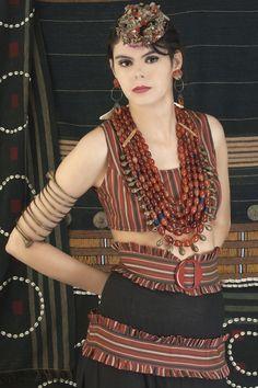 Five strand carnelian Ao chief wife's necklace info@singkiang.com