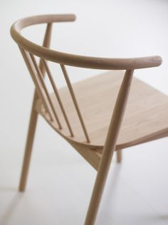 Vang Chair by Norwegian Designer Andreas Engesvik – OEN Diy Furniture Chair, Furniture Projects, Furniture Design, Table And Chairs, Dining Chairs, Dining Room, Bend Chair, Stackable Chairs, Take A Seat