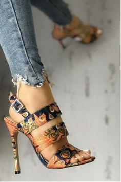 d2603ff1d6b 4040 best CHAUSSURES images on Pinterest in 2019