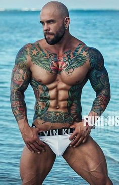 tattoos that accentuate muscles