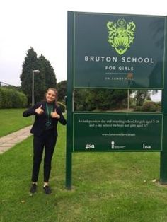 Pierwszy dzień Natalki w Bruton School for Girls!