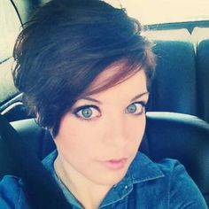 20 Pixie Cuts for Round Faces | http://www.short-hairstyles.co/20-pixie-cuts-for-round-faces.html