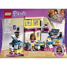Lego Friends Olivia S Deluxe Bedroom Is Set On A Pink Heart Shaped Base And Perfectly Reflects Olivia S Scientific Side Her Robot H Lego Friends Lego Friends Sets Buy Lego