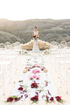 30 Spectacular Pampas Grass Wedding Decor Ideas ❤ Pampas grass wedding trend that came from the seventies is appropriate for your wedding! We consider best decor ideas in our gallery. Wedding Ceremony Ideas, Wedding Aisles, Aisle Runner Wedding, Chic Wedding, Wedding Trends, Trendy Wedding, Wedding Bells, Dream Wedding, Aisle Runners