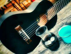 Jamming with coffee..  #jamming #coffee #indonesia #anakmuda #generasimenolakkolot