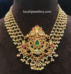 Gold Bangles Design, Gold Jewellery Design, Bead Jewellery, Fashion Jewelry Necklaces, Gold Necklaces, Beaded Jewelry, Fashion Necklace, Ruby Jewelry, Gold Jewelry