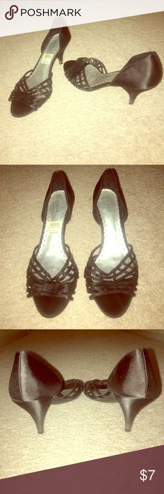 """""""Fioni Heeled Sands"""" Super Cute & Comfy Black Trendy Sandals, Great Condition, Size 6. Fioni Shoes Heels"""