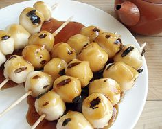 Japanese Miratashi Dango - rice dough dumplings with sweet-salty sauce. Can be made gluten free with La Choy soy sauce. - Just Hungry Japanese Dishes, Japanese Sweets, Japanese Rice, Gluten Free Japanese Food, Dango Recipe, Vegetarian Recipes, Cooking Recipes, Sweet And Salty, International Recipes