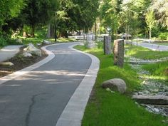 Sustainable management of stormwater - Have you ever tried to consider as a… Green Street, Landscape And Urbanism, Landscape Design, Drainage Solutions, Water Management, Rain Garden, Rainwater Harvesting, Green Building, Sustainable Design