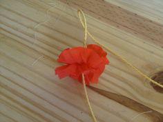 collier hawaiien : le tuto - Le blog de marlenecreation Dandelion, Arrow Necklace, Creations, Diy, Blog, Flowers, Jewelry, Anna, Necklaces