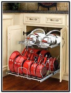 """Результаты поиска изображений по запросу """"organizing pots and pans in drawers"""""""