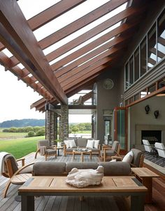 Boost the ambiance of your patios with the phenomenal charm of these patio pergola designs. These patio rehabilitation ideas will switch the boring display of … Barn House, House Design, Outdoor Decor, Exterior Design, Barn Conversion Exterior, Pergola Designs, Outdoor Spaces, Outdoor Living, House Exterior