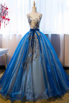 Blue Quinceanera Dresses,Organza Prom Gown,V-neck Prom Dresses With