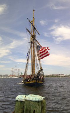 Pride of Baltimore II in Baltimore Harbor